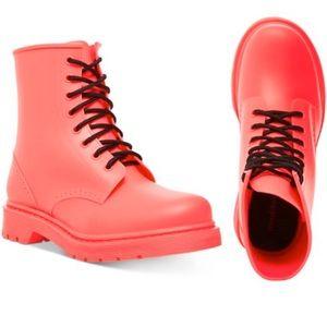 NIB Madden Girl Portland Rain Boot Neon Pink